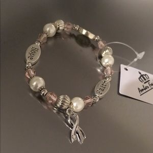 NWT Silver Crystal Ribbon Pendant Beaded Bracelets